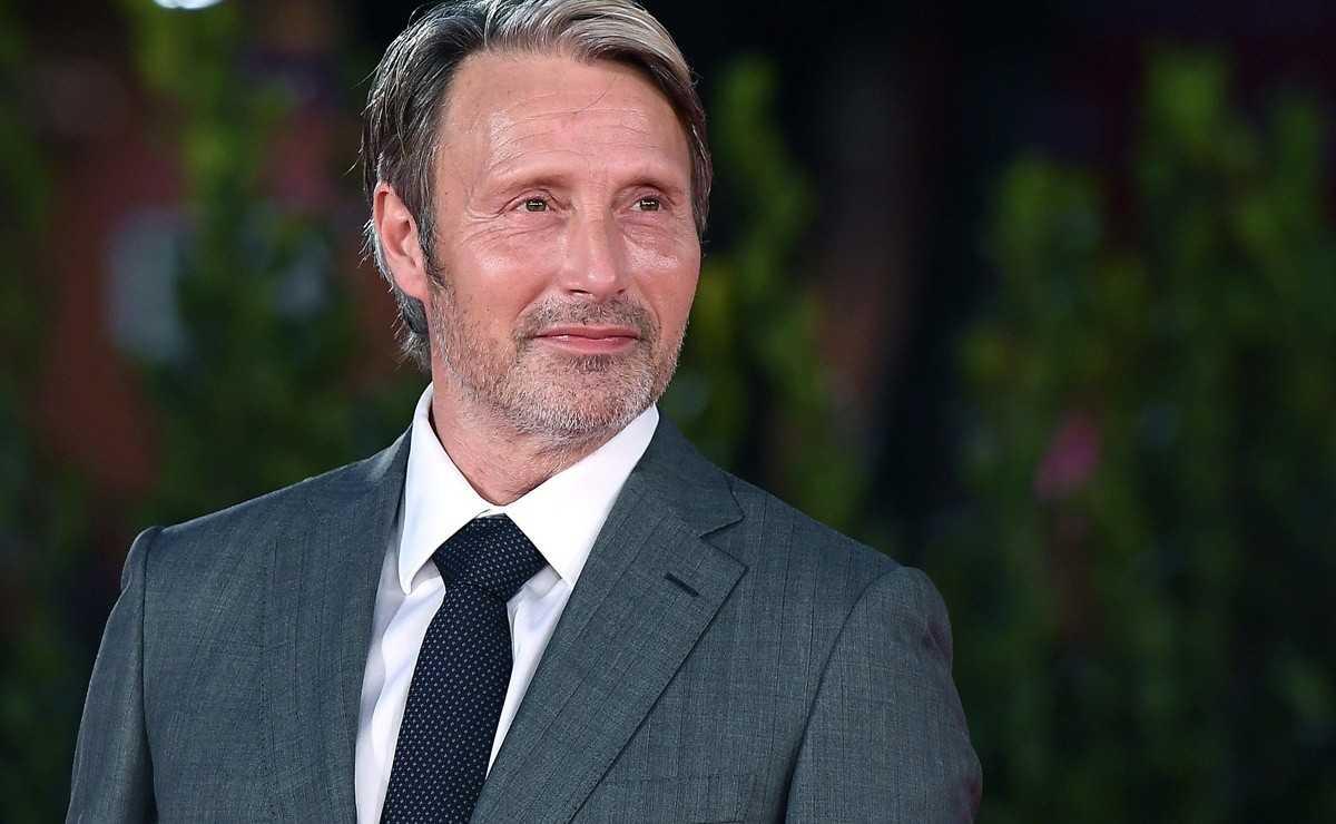 Mads Mikkelsen n'a pas parlé à Johnny Depp après avoir pris sa place dans 'Fantastic Beasts 3'