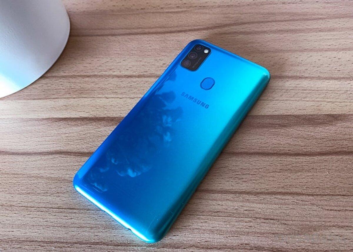 Samsung Galaxy M30 en vedette