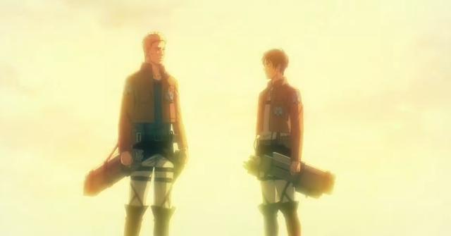 Reiner a aidé Eren quand ils étaient soldats, mais seulement pour le trahir plus tard (Photo: Crunchyroll)