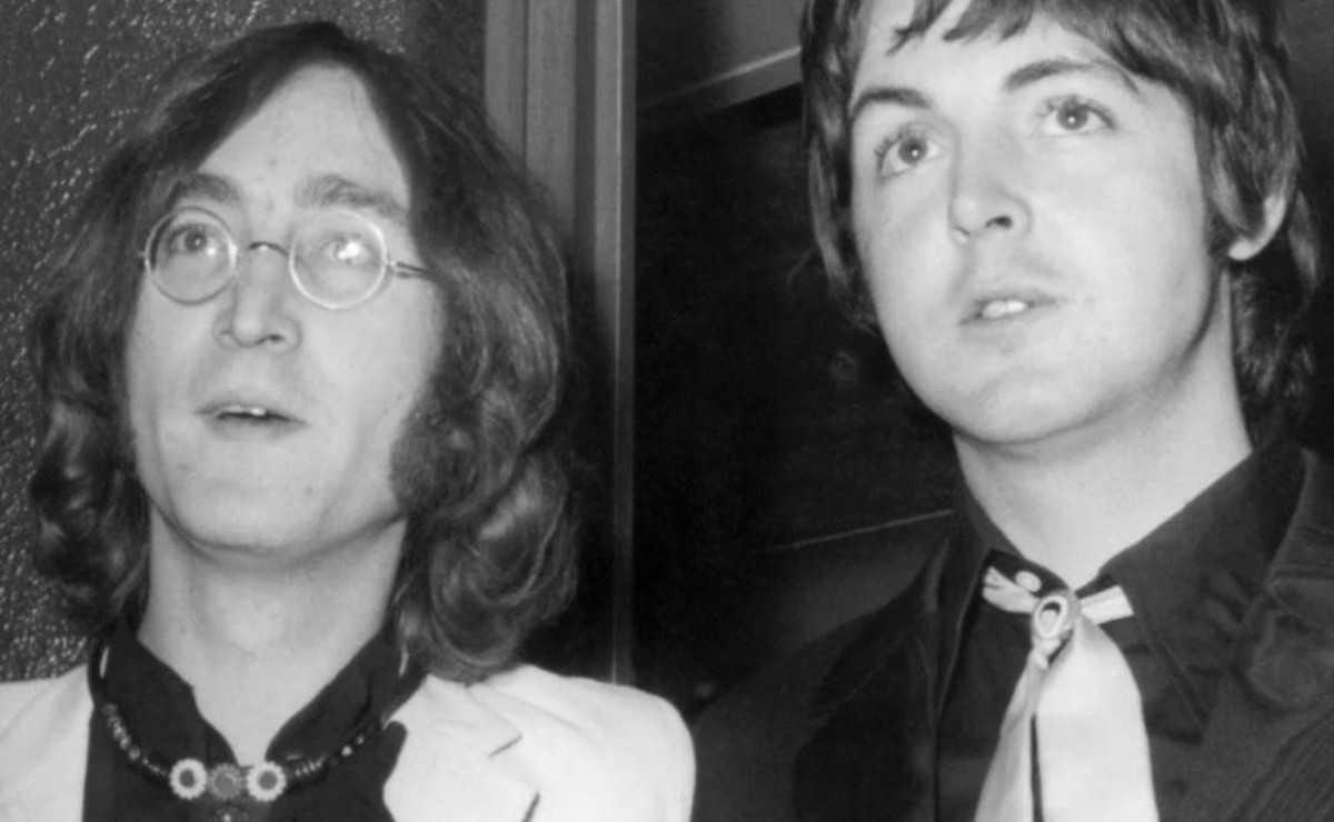 Paul McCartney dit qu'il est toujours aux prises avec la mort de John Lennon