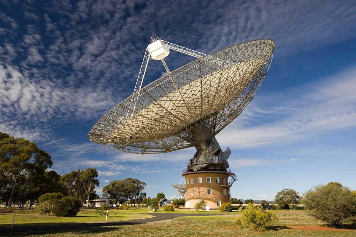 Les Chasseurs Extraterrestres Détectent Un Signal Mystère Provenant Du Système