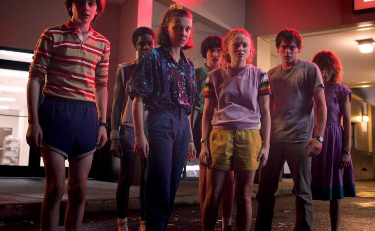 """Le casting de 'Stranger Things' se réunit pour jouer à """"Dungeons and Dragons"""""""