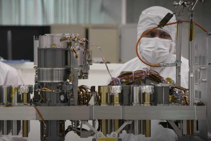 Le plan de la NASA et d'Europa pour apporter des échantillons de Mars: une feuille de route ambitieuse de plus de 10 ans et trois missions sur la planète