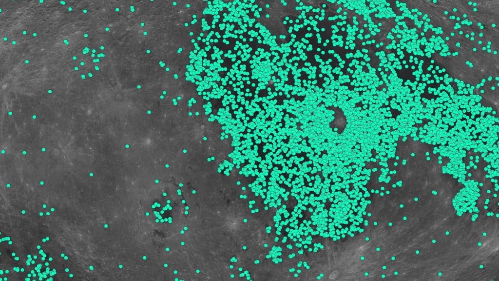 La Lune A Beaucoup Plus De Cratères Que Nous Ne