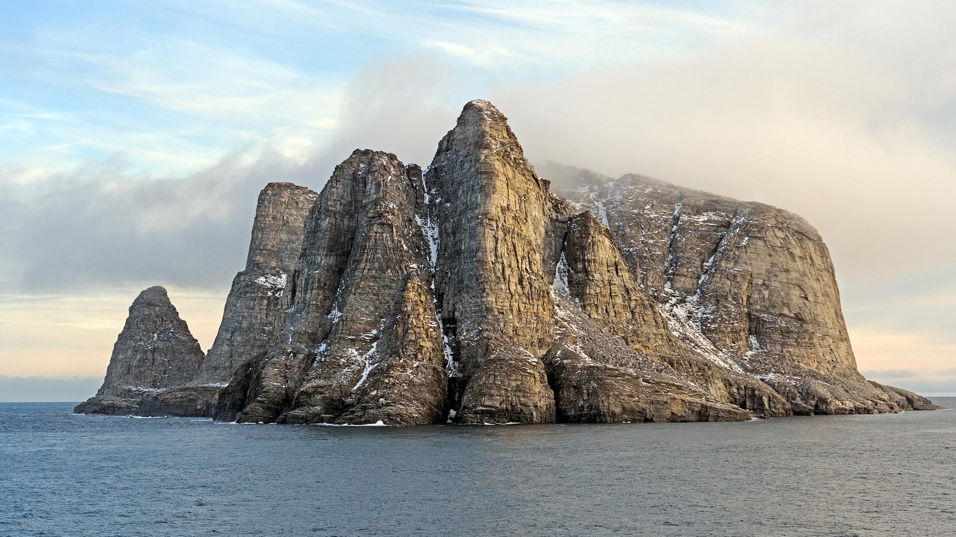 Les scientifiques ont découvert les empreintes chimiques d'un ancien continent dans des échantillons de roche prélevés sur l'île de Baffin au Nunavut, au Canada.