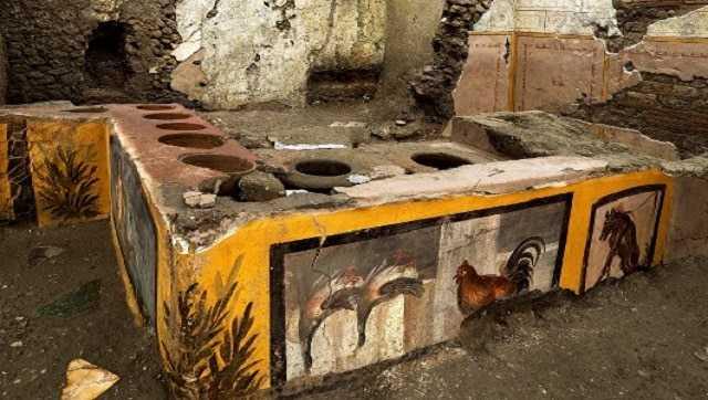 Un Stand De Nourriture Découvert à Pompéi En Italie Révèle