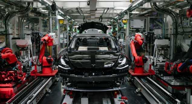Tesla. Musk Demande Aux Employés D'atteindre 500000 Véhicules D'ici 2020