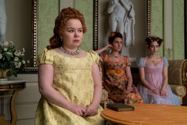 """Penelope regardait toujours tout dans """"Bridgerton"""" (Photo: Netflix)"""