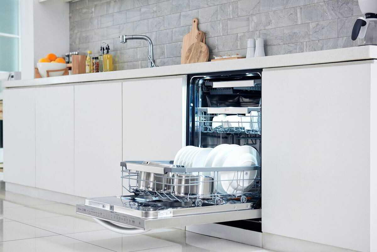 5 façons de garder la vaisselle domestique sûre et propre ... et notre planète