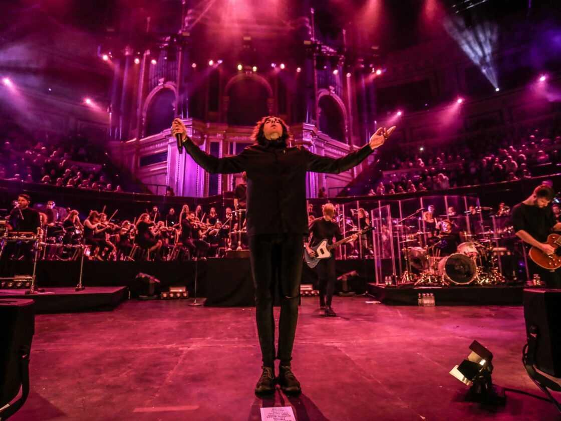 Bring Me The Horizon Sort L'album Live «live At The