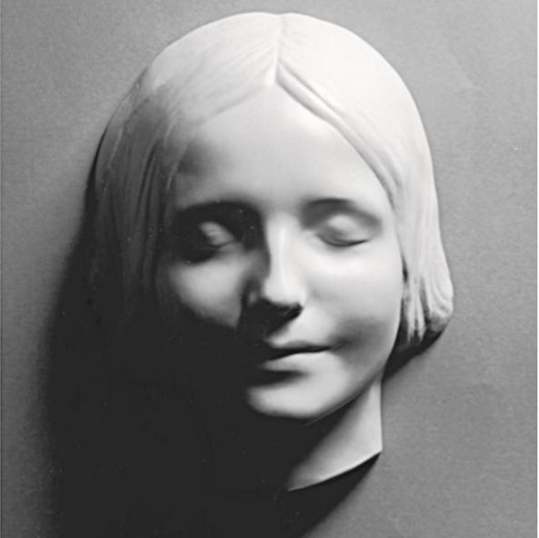 """Le masque mortuaire de """"L'Inconnue de la Seine (la femme inconnue de la Seine)."""""""