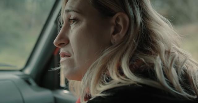 """Dans """"Le trouble que vous quittez"""", Abril Zamora joue une femme trans, mais cela ne tourne pas autour de ça (Photo: Netflix)"""