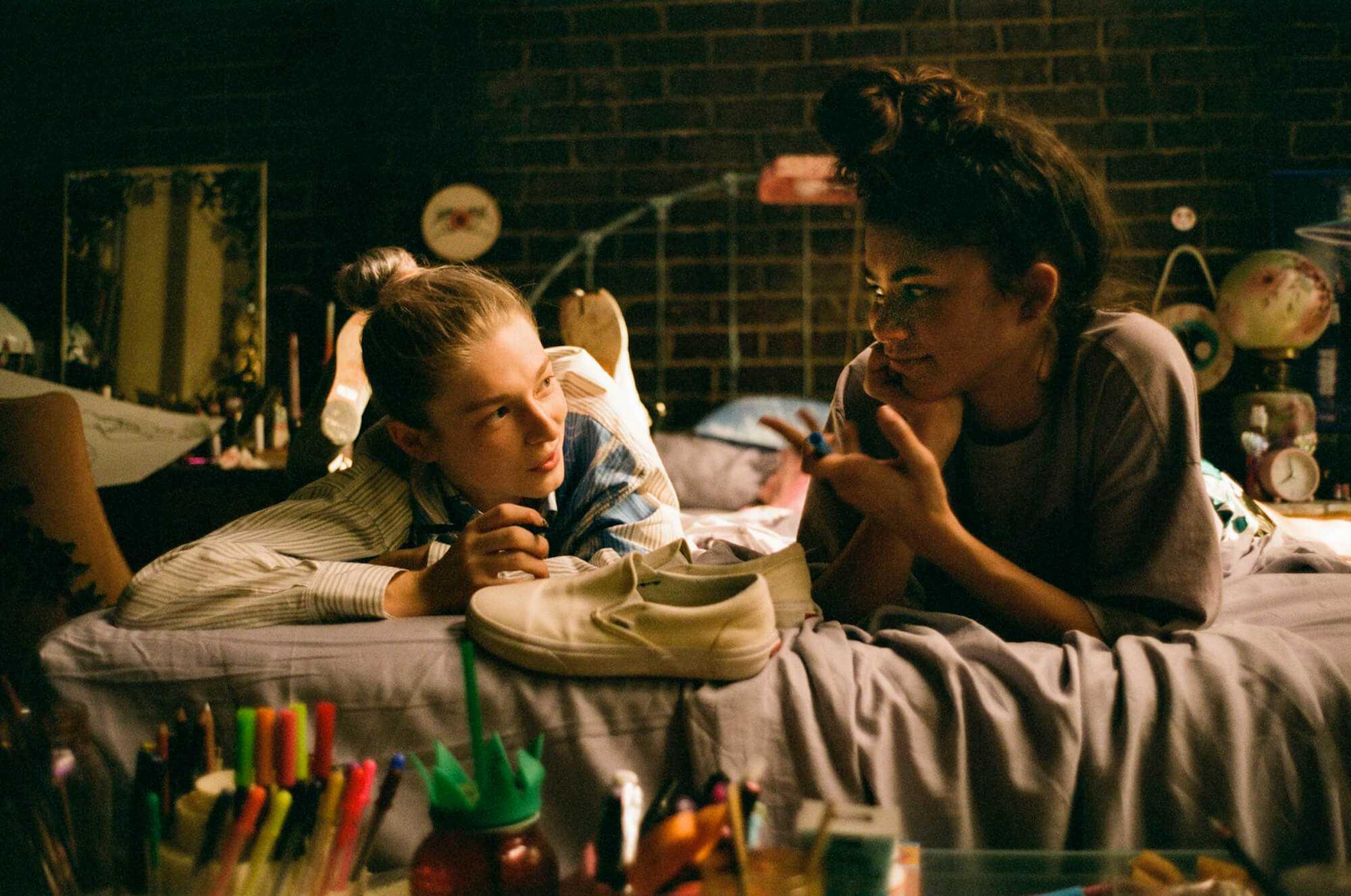 "Jules (Hunter Schafer) et Rue (Zendaya) dans 'Euphoria' ""Première partie: Rue"""