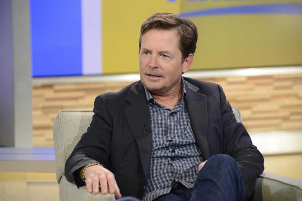 Michael J Fox s'exprimant sur le tournage d'un talk-show