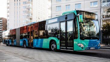 Mercedes Benz Fournit Des Bus De Grande Capacité à Göteborg
