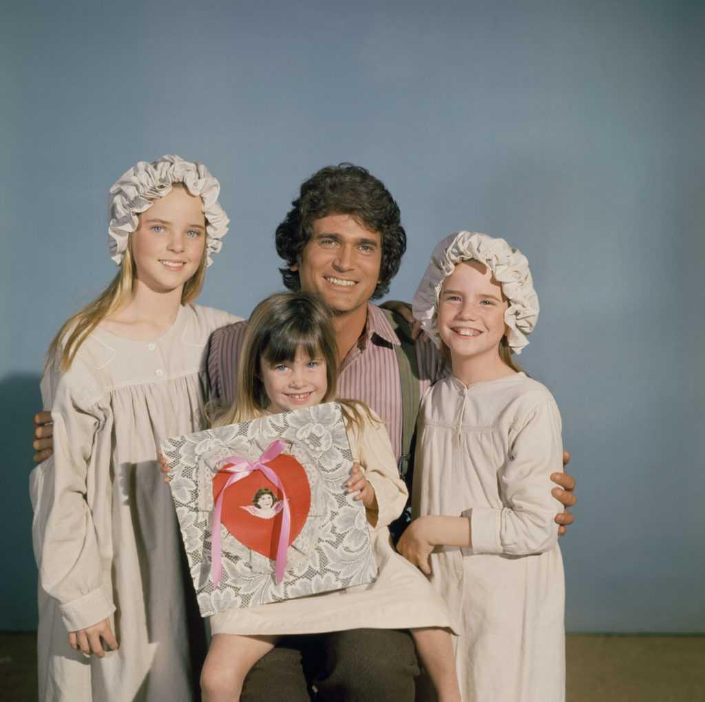 Lindsay ou Sydney Greenbush, Michael Landon et Melissa Gilbert avec un sac