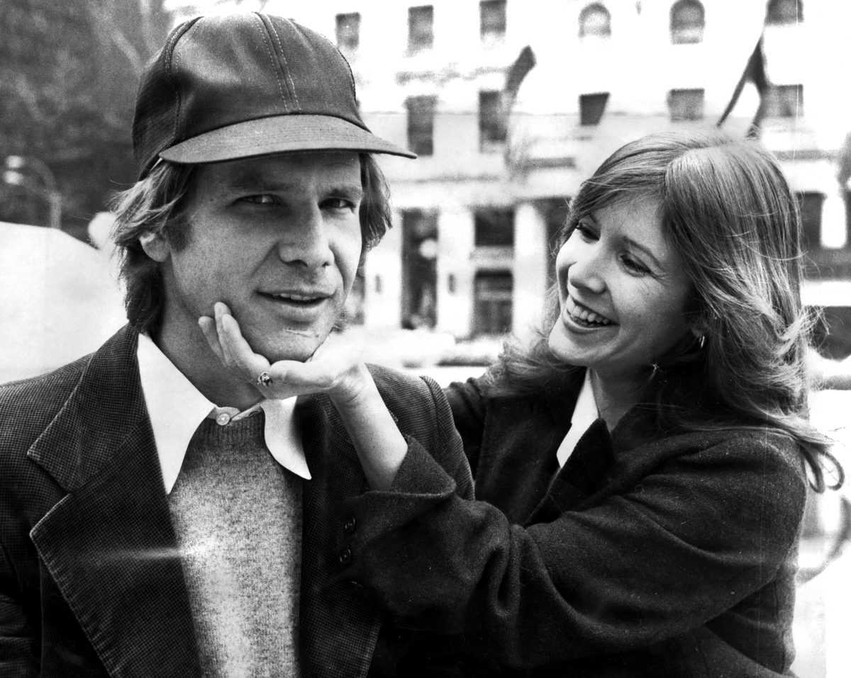 Harrison Ford et Carrie Fisher sur la Cinquième Avenue devant l