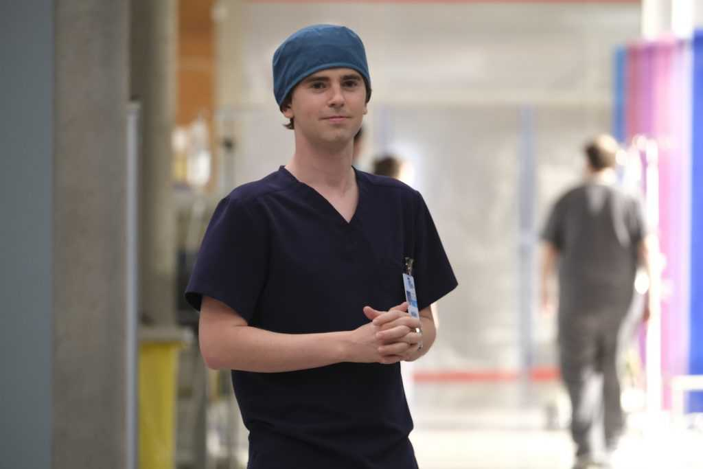 Freddie Highmore dans le rôle du Dr Shaun Murphy dans «The Good Doctor» |  Jeff Weddell via Getty Images