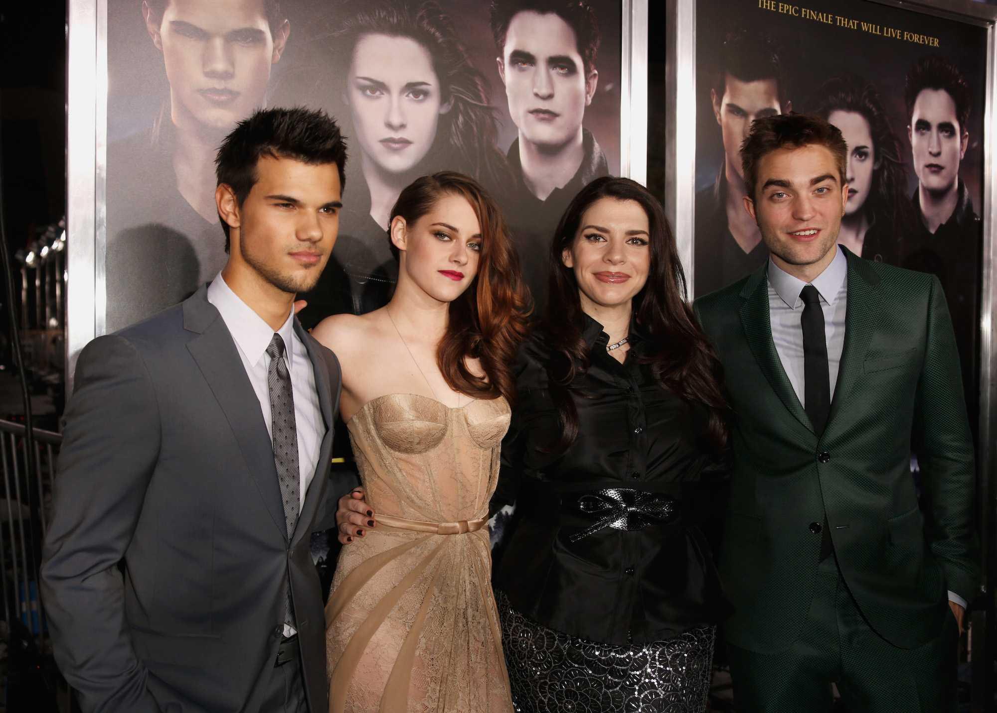 Taylor Lautner, Kristen Stewart, Stephenie Meyer et Robert Pattinson à 'The Twilight Saga: Breaking Dawn - Part 2' Los Angeles premiere le 12 novembre 2012