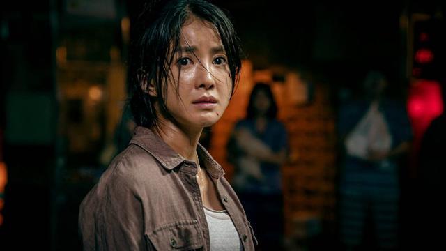 Les survivants ne savent pas quoi faire contre les monstres (Photo: Netflix)
