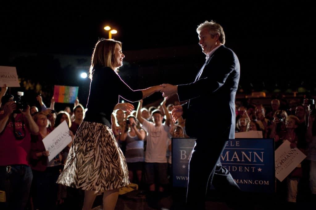 Michele Bachmann danse avec son mari Marcus Bachmann