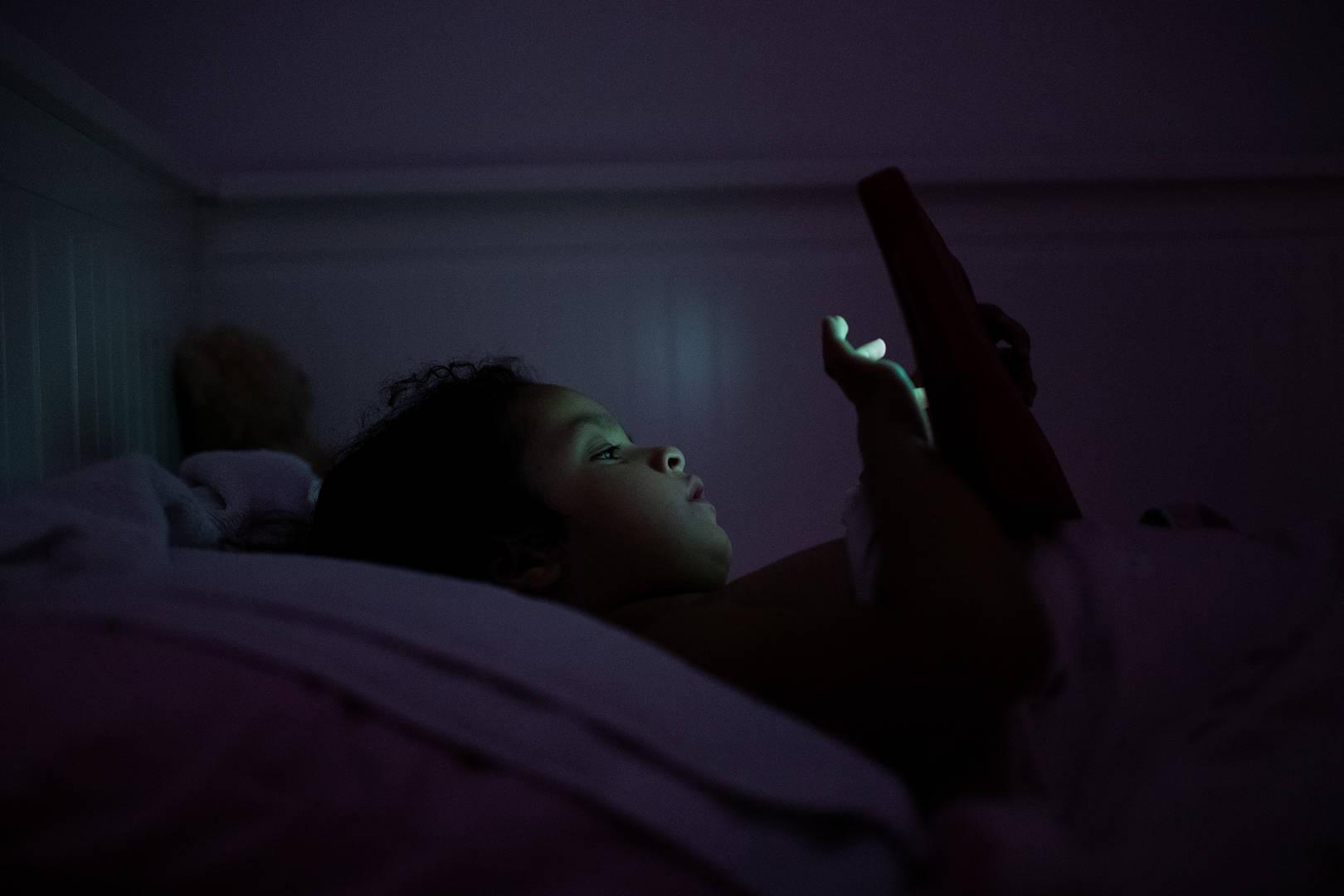 Un Enfant De Six Ans Depense 16000 Sur La Carte De Credit De Sa Mere Pour Un Jeu Mobile