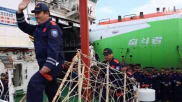 Un Sous Marin Chinois Atteint L'endroit Le Plus Profond De La