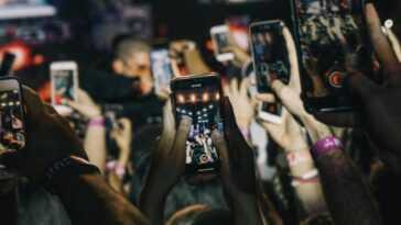 Vous Pouvez Passer De Longues Heures Sur Votre Téléphone Sans