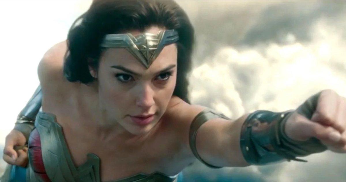 Wonder Woman 1984 Est Maintenant Le Film Dceu Le Moins