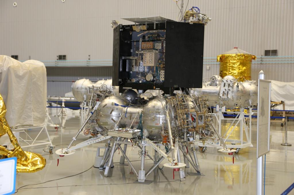 L'agence spatiale russe Roscosmos a pour objectif de lancer l'atterrisseur lunaire Luna-25 en octobre 2021.