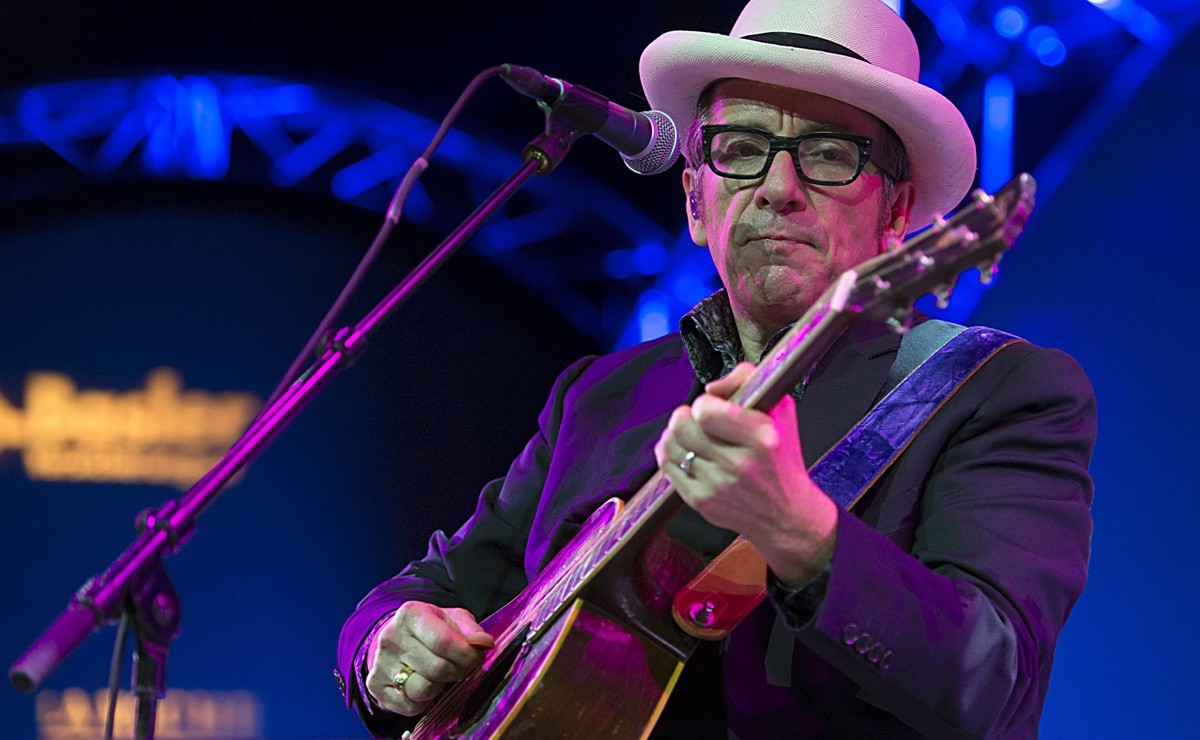 Écoutez le nouveau single d'Elvis Costello, 'Farewell, Ok 2020'