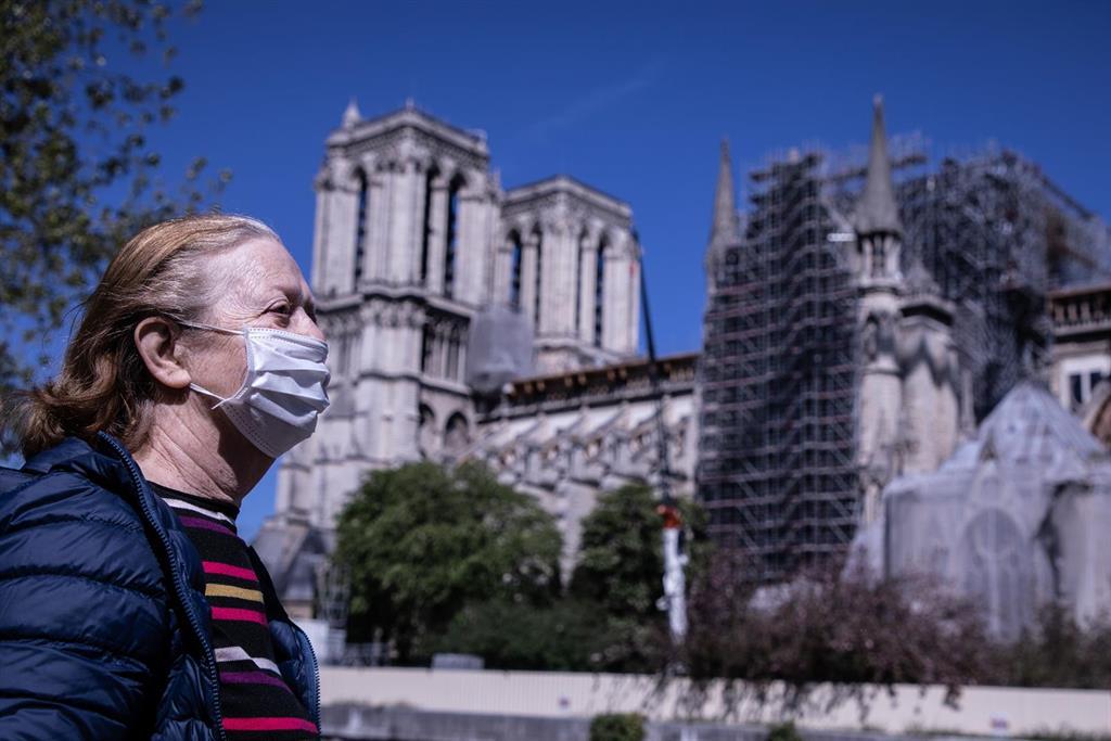 La France Signale 12489 Nouvelles Infections Et 116 Décès Par