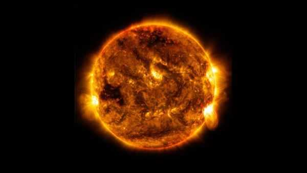 De Quelle Couleur Est Le Soleil?