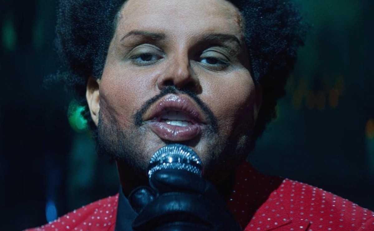 """The Weeknd porte un nouveau visage dans la vidéo """"Save Your Tears"""""""
