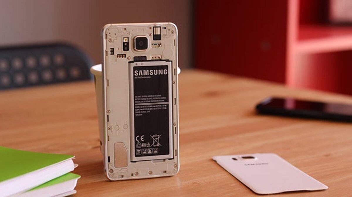 Samsung Galaxy Alpha sans coque arrière