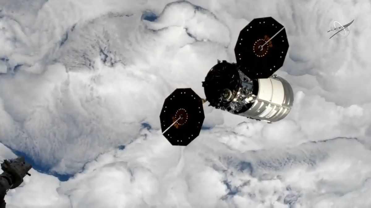 Le Cargo Cygnus Quitte La Station Spatiale Pour Tester La