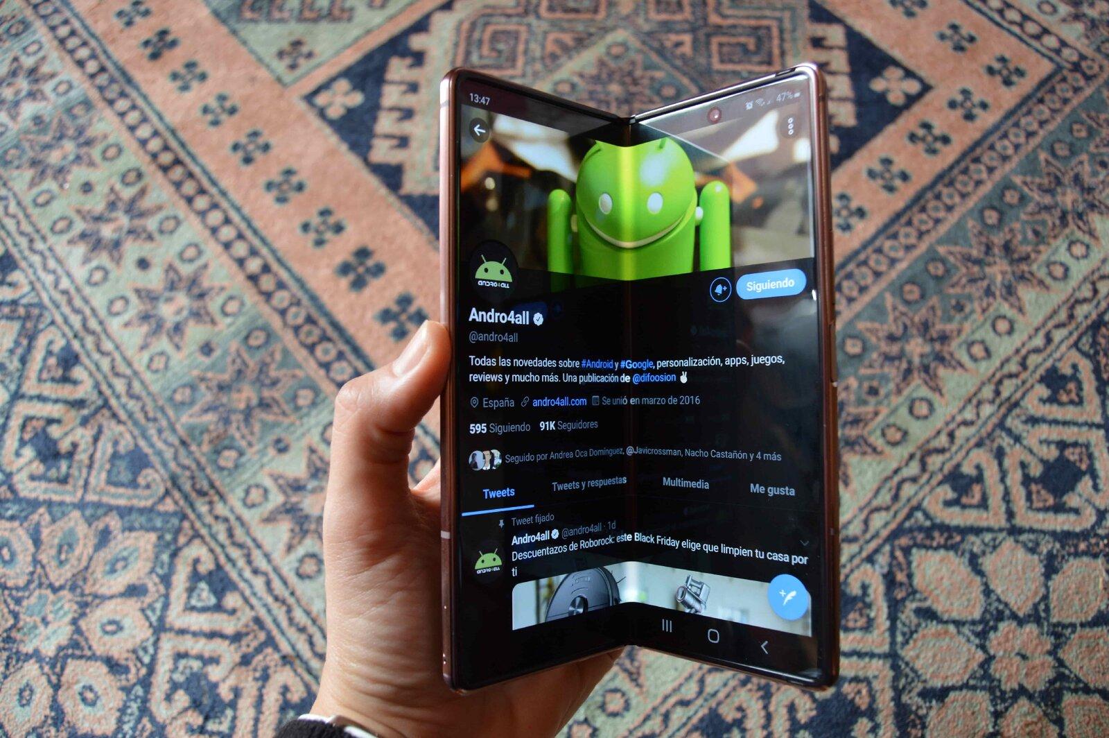 Samsung Galazy Z Fold 2