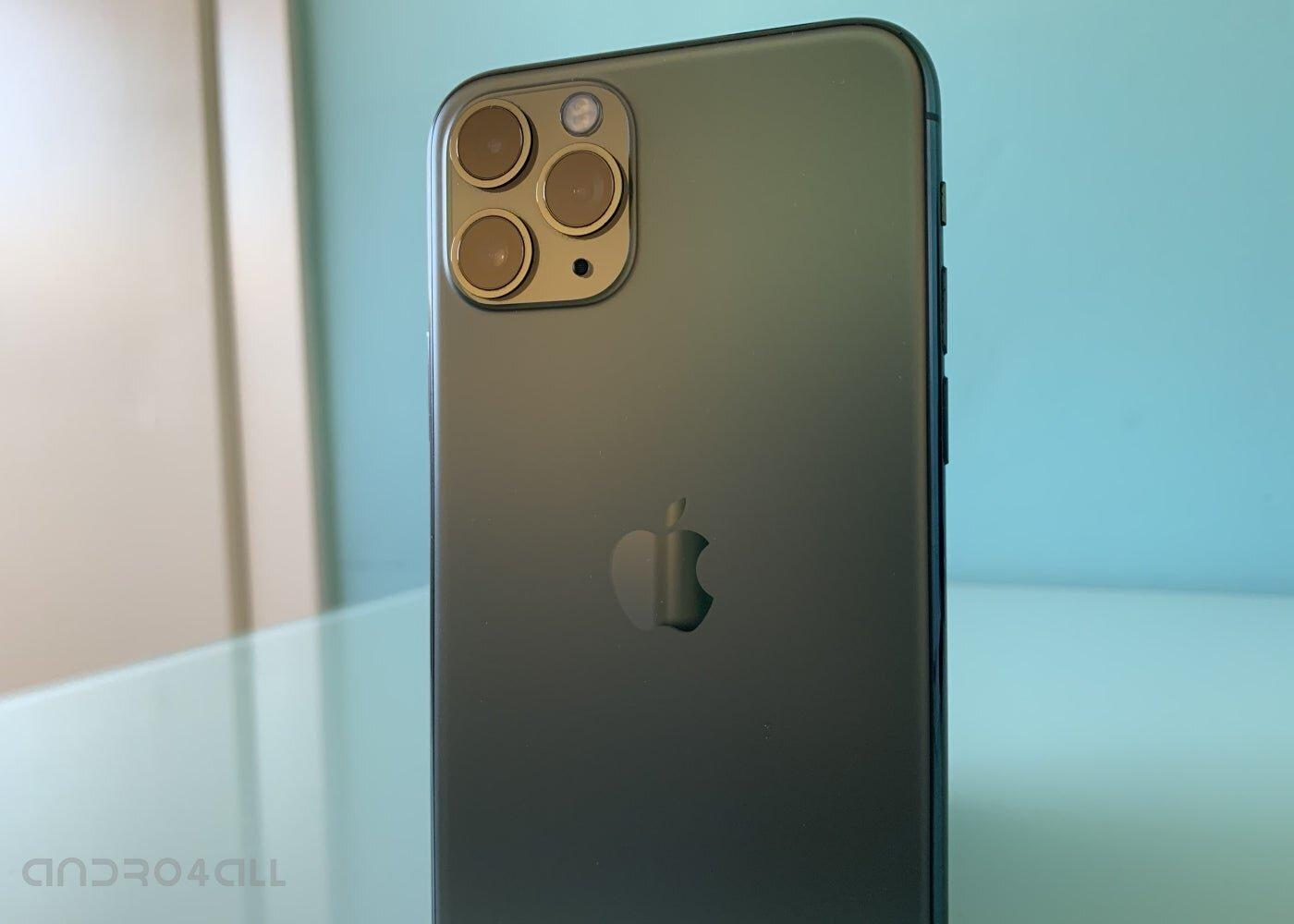 iPhone 11 Pro à l'arrière