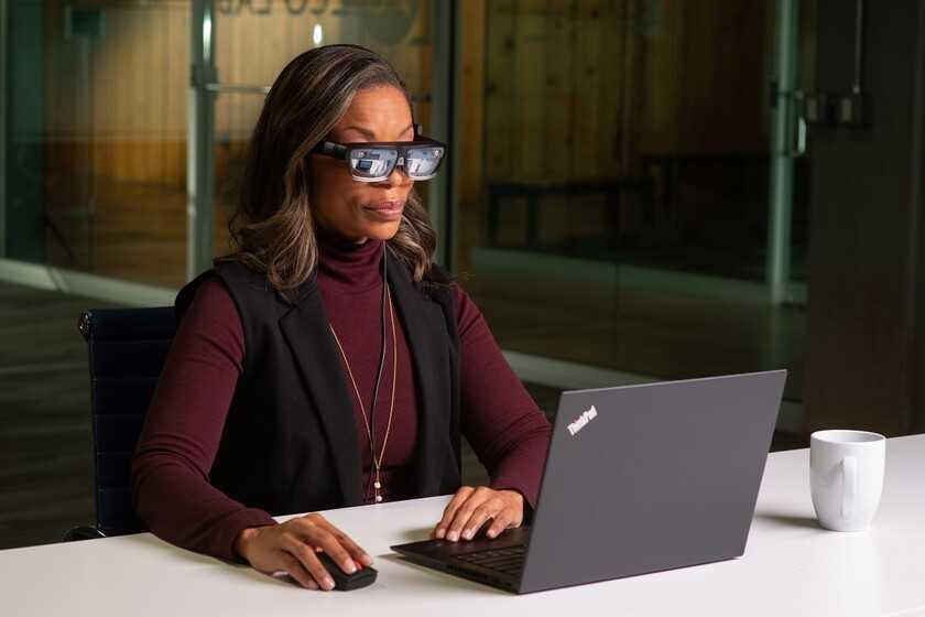 Lenovo veut que vous puissiez porter des lunettes de réalité virtuelle au bureau sans vous isoler: c'est le Lenovo ThinkReality A3