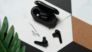Mobvoi Earbuds Gesture: ces écouteurs entièrement sans fil vous permettent d'accepter des appels en bougeant la tête