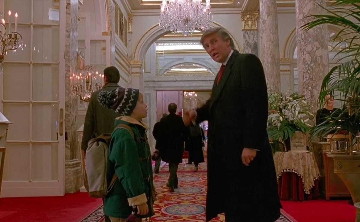 Les fans de `` Home Alone '' demandent de couper Donald Trump