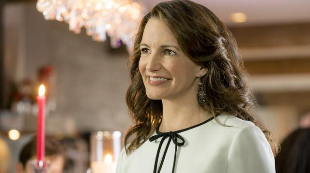 "Kristin Davis dans ""A Heavenly Christmas"", film de 2016 (Photo: Hallmark Channel)"