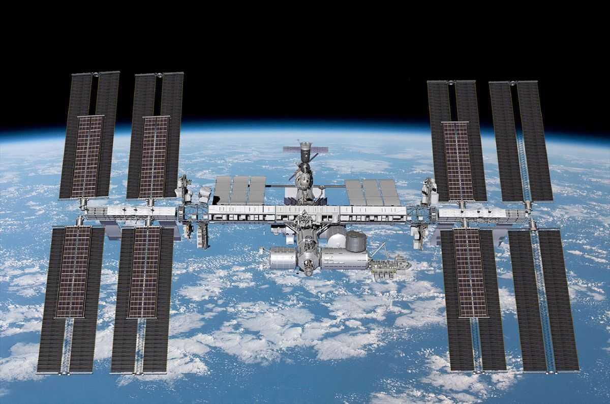 Boeing Va Renforcer L'alimentation électrique De La Station Spatiale Avec