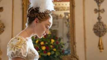 Bridgerton: les looks de Daphne et Anthony marquent la tendance de la mode