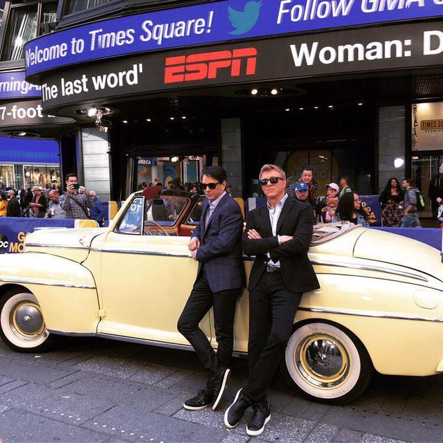 La Ford Super Deluxe appartient à Ralph Macchio dans la vraie vie (Photo: Twitter / Cobra Kai)
