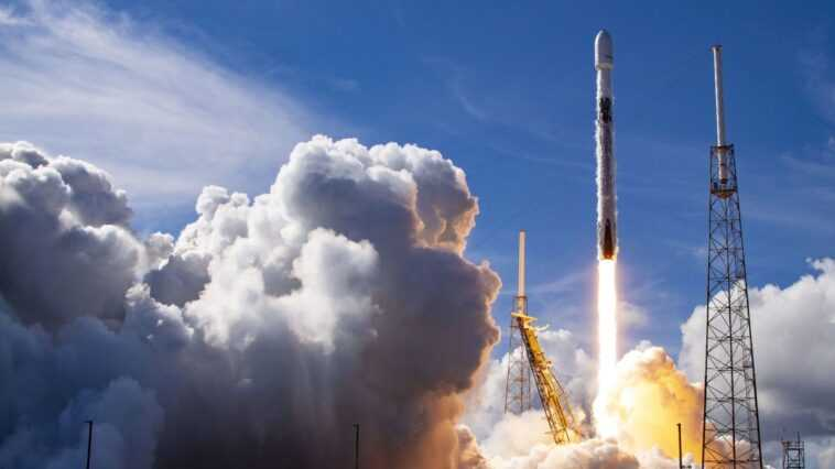 Spacex Lancera Lundi Ses Premiers Satellites Starlink De 2021. Voici