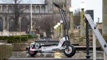 Après Le Cobra, Ac Cars Dévoile Un Scooter électrique