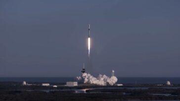 La Fusée Spacex Lance Un 8e Vol Record Avec 60