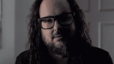Jonathan Davis révèle le nom de Korn