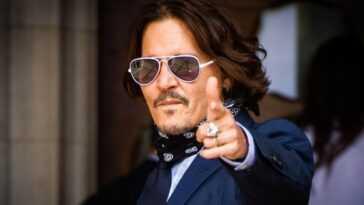 Johnny Depp reviendrait au théâtre en 2021